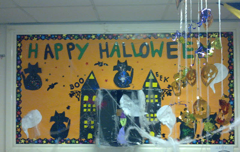 Halloween Classroom Display on 871 html