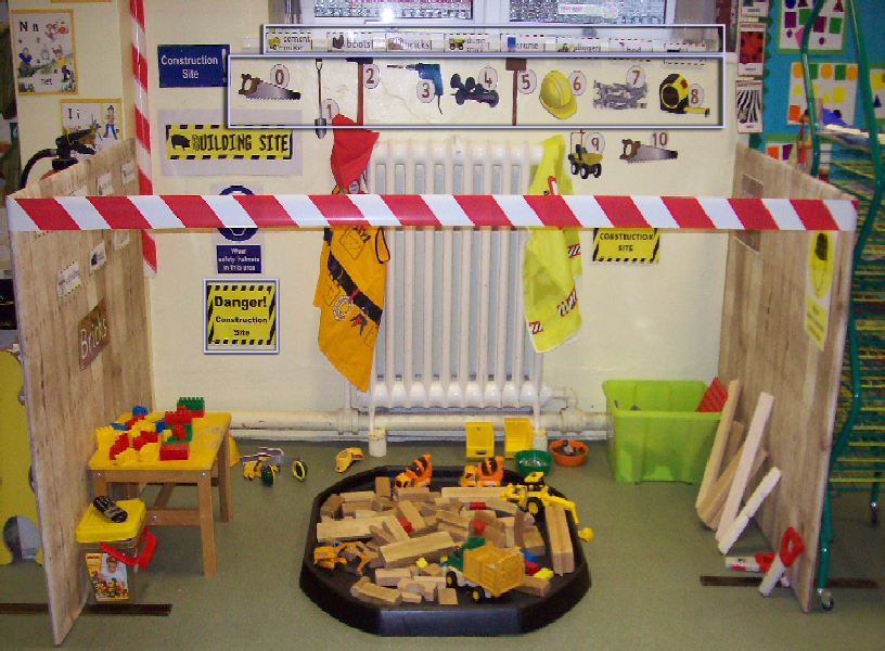 Construction classroom role play area photo sparklebox Builders in my area