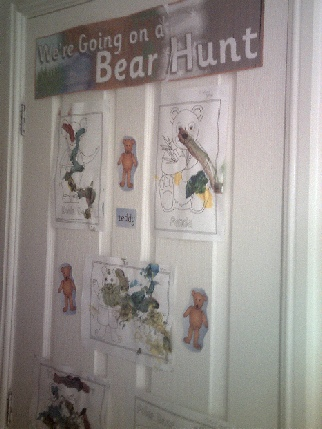 we 39 re going on a bear hunt story classroom displays photo gallery sparklebox. Black Bedroom Furniture Sets. Home Design Ideas
